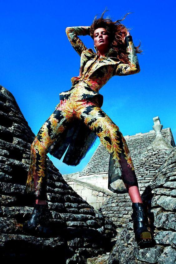 Vogue Paris Issue- February 2011 Photographer - M. Sorrenti Model- Daria Werbowy Stylists- Emmanuelle Alt, Jane How & Carine Roitfeld Hair- Recine Make-up- Aaron De Mey